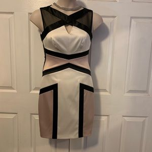 Elegant Jax satin dress sz 4. Mint condition.